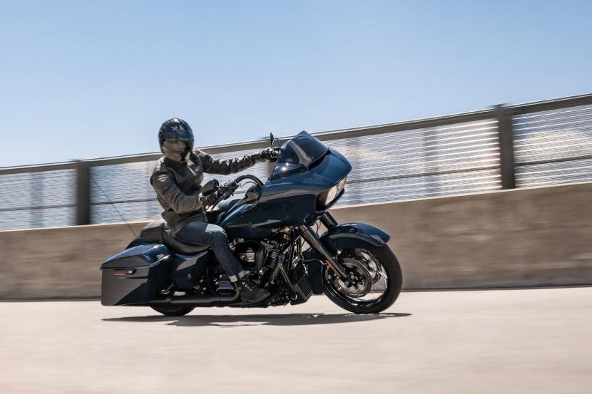 touring-road-glide-special-custom-gallery-1