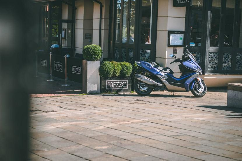 kymco-xciting-s400i-abs-10