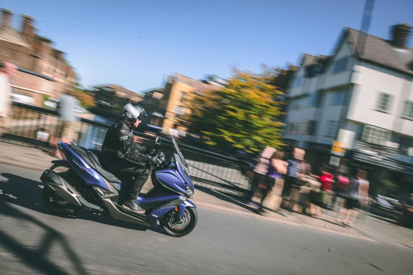 kymco-xciting-s400i-abs-13