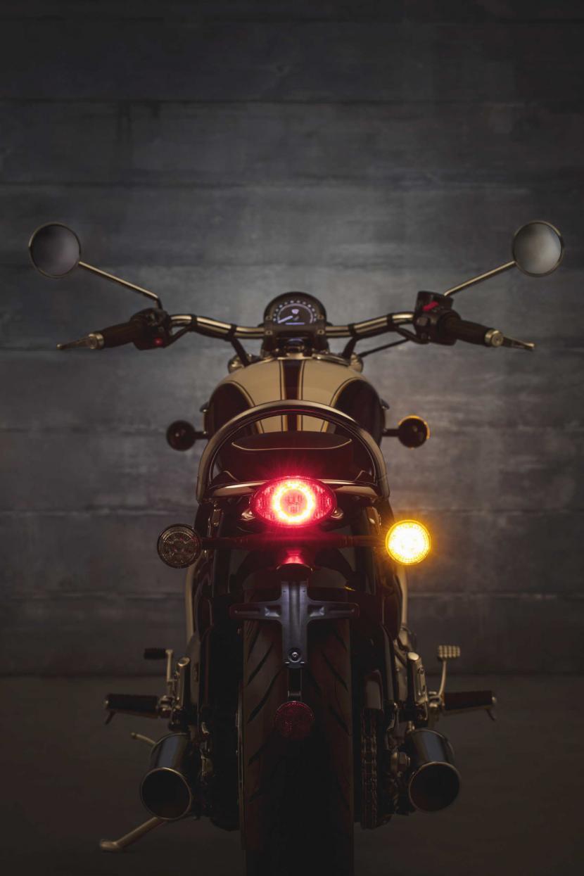 speedmaster-6