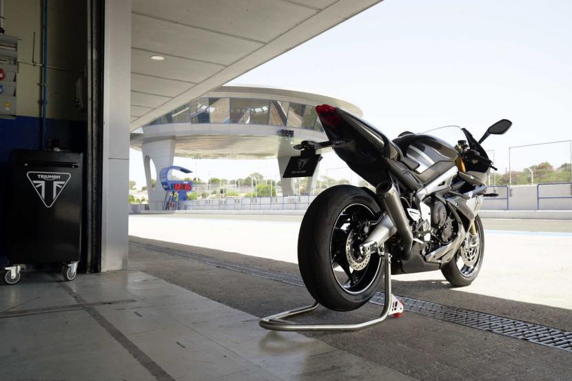 Daytona_Moto2_765-Static_4