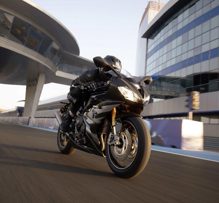 Daytona_Moto2_765-Dynamic_2 (1)