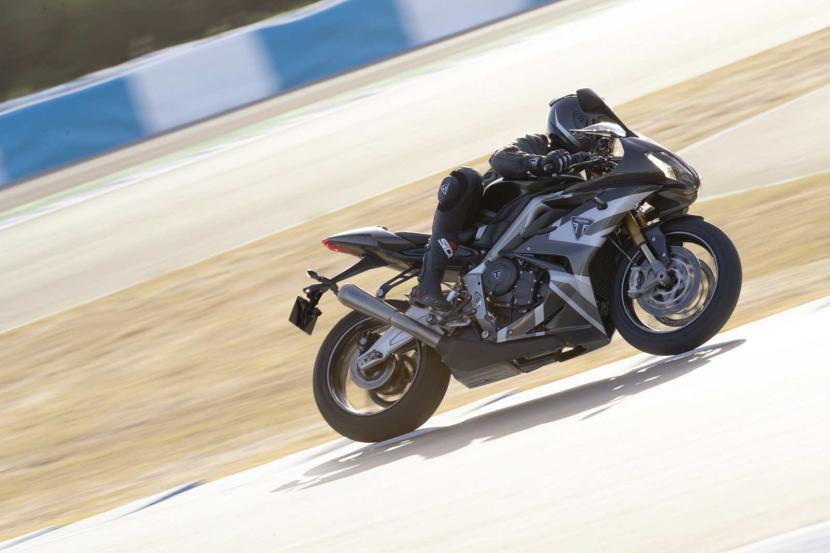 Daytona_Moto2_765-Dynamic_1