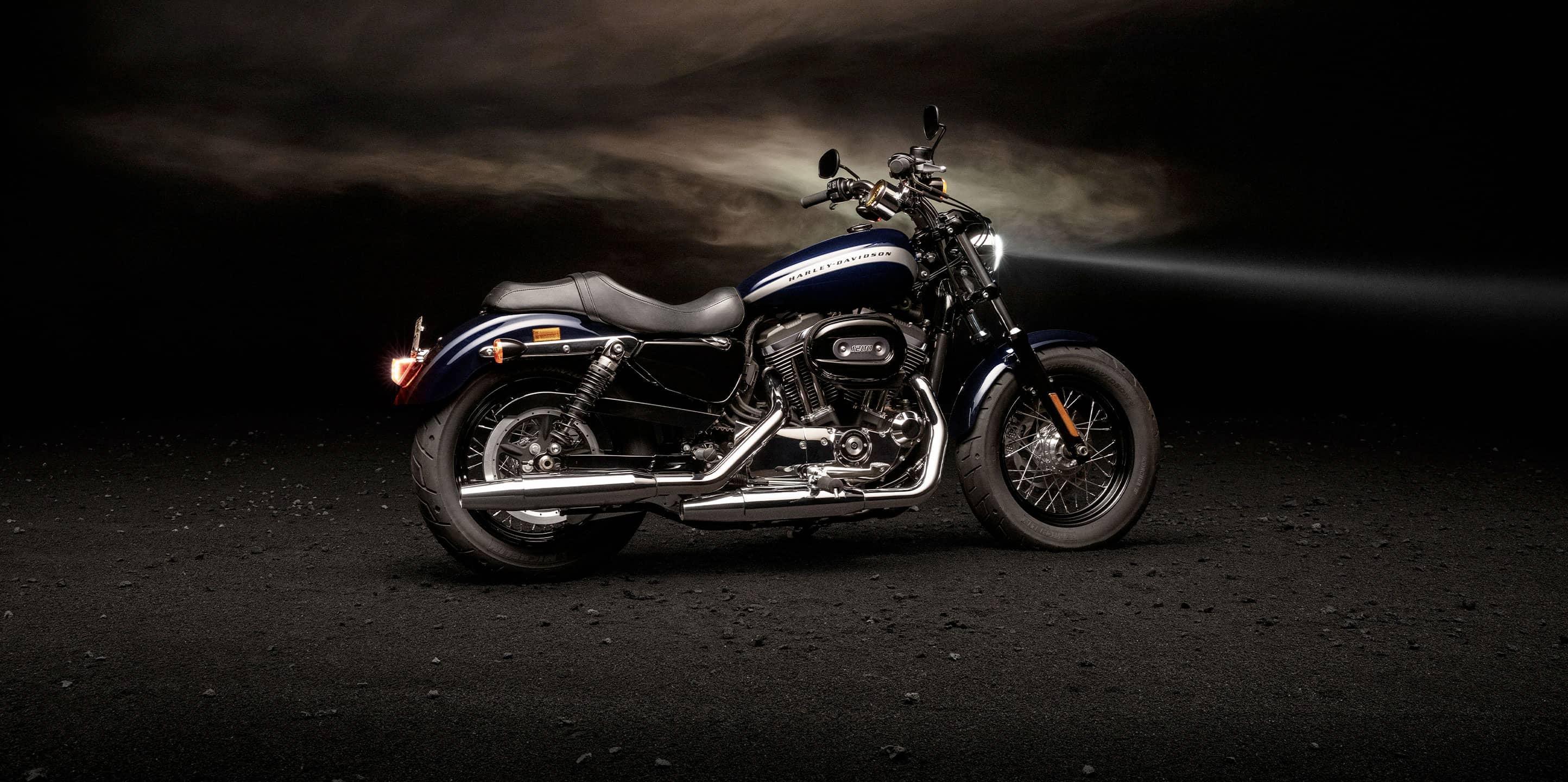 Harley-Davidson® 1200 Custom