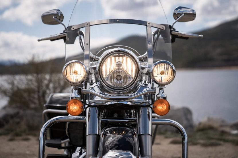 20-touring-road-king-gallery-4
