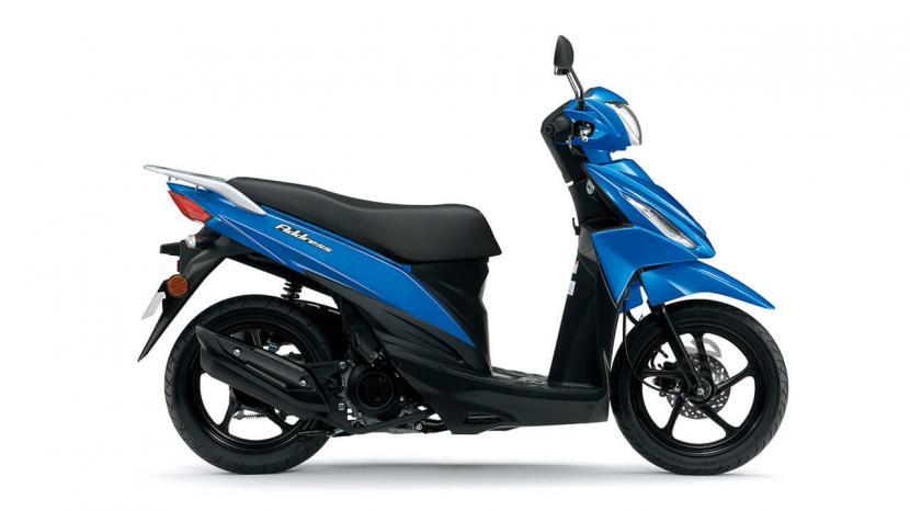Metallic Triton Blue (YSF)