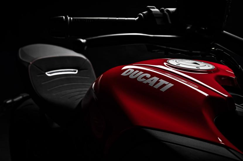 MY20_DUCATI_DIAVEL 1260 S_06_UC101626_Preview
