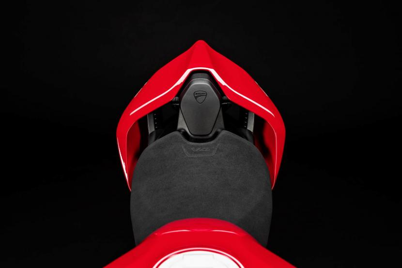 MY20_DUCATI_PANIGALE V4_27_UC101561_Preview