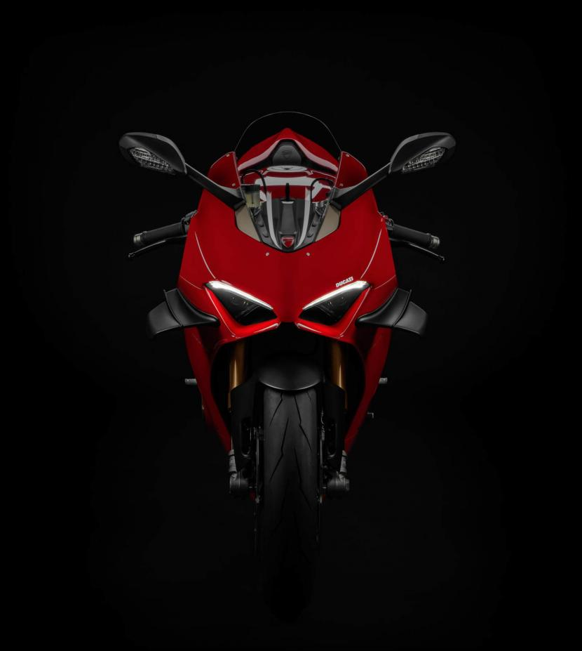 MY20_DUCATI_PANIGALE V4_09_UC101543_Preview
