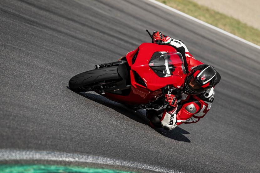 DUCATI_PANIGALE V2_AMBIENCE_15_UC101503_Preview