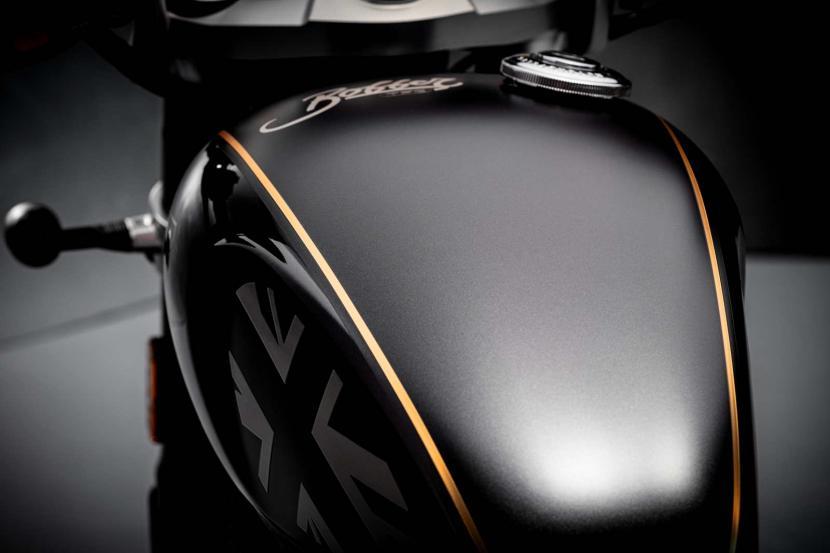 Bobber-TFC--Carbon-black-tank
