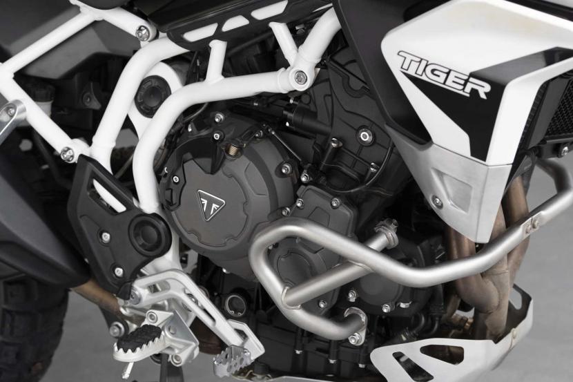 tiger-900-rally-pro-detail-20MY-AZ4I0581-AB-1