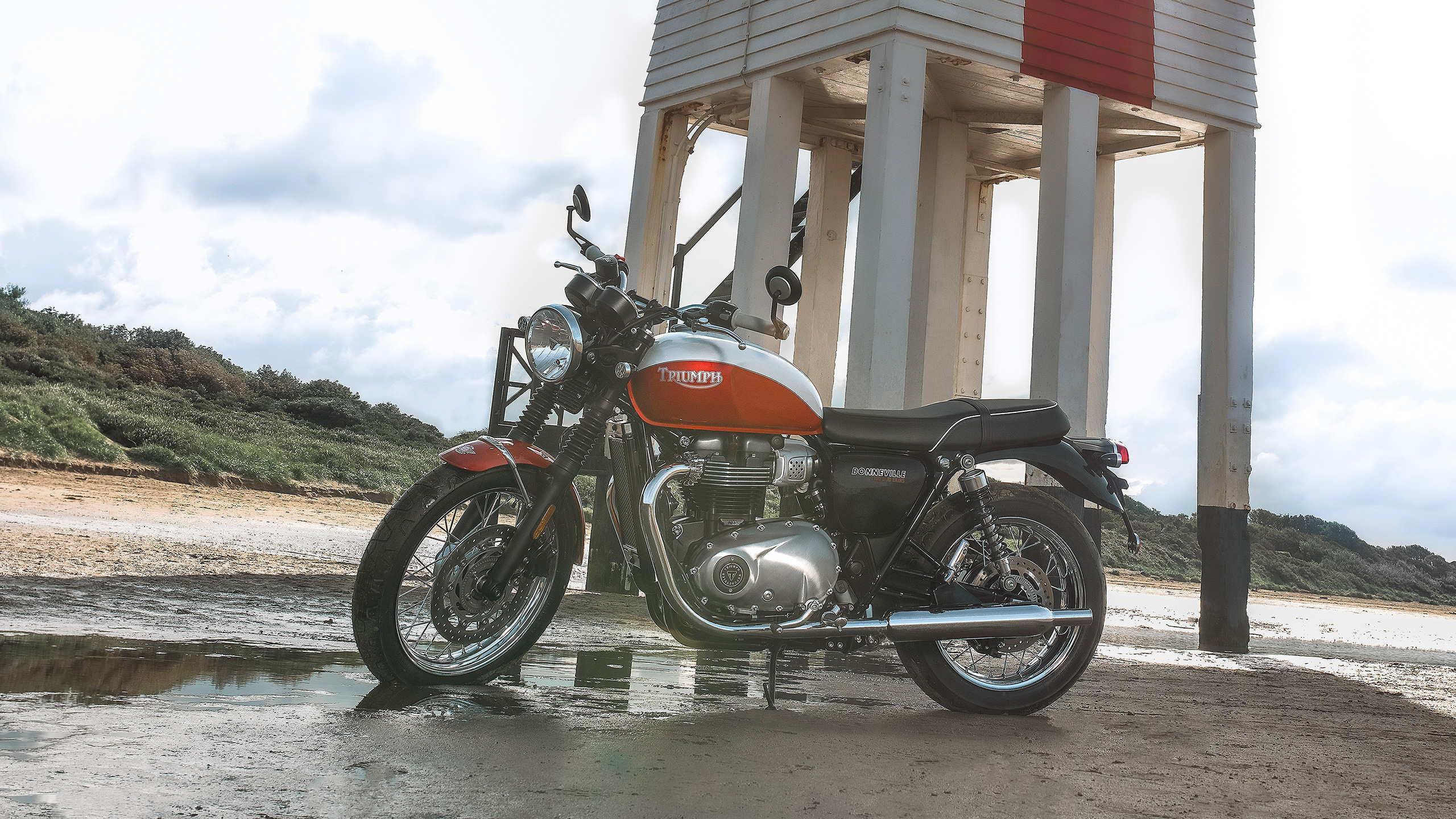 Triumph Bud Ekins T100