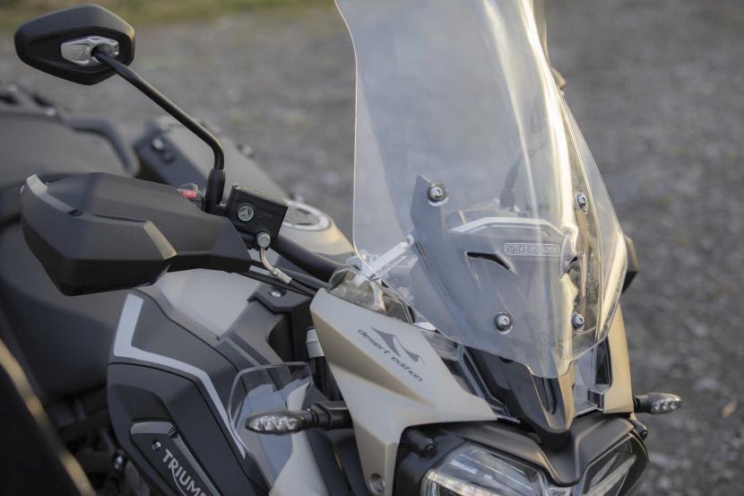 Tiger-1200-Desert-Edition-Windscreen