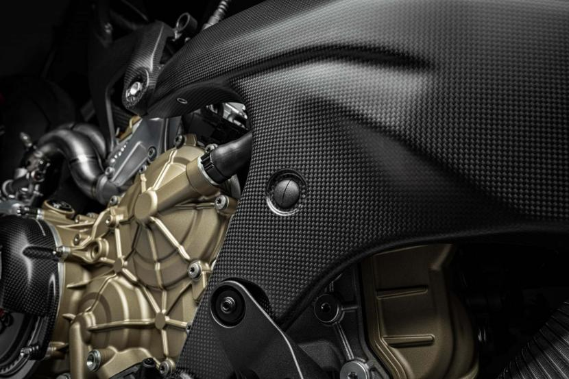 18_Ducati Superleggera V4_UC145974_Preview