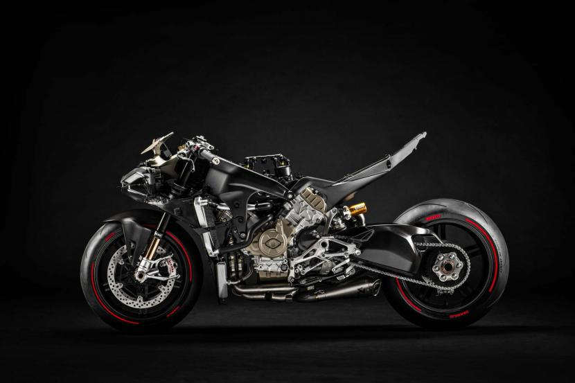 14_Ducati Superleggera V4_UC145967_Preview