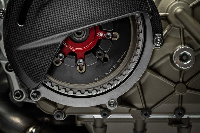 35_Ducati Superleggera V4_UC145997_Preview