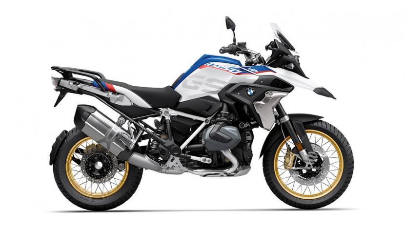 Light White Uni Racing Blue Metallic Racing Red