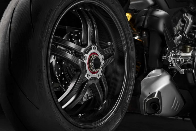 DUCATI_PANIGALE_V4_SP _27__UC211461_High