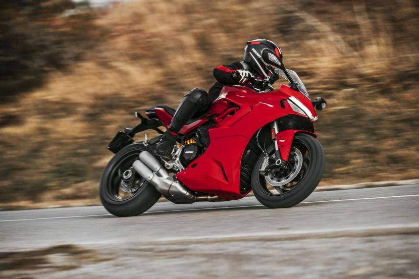 DUCATI_SUPERSPORT_950_AMBIENCE 1_UC210946_High