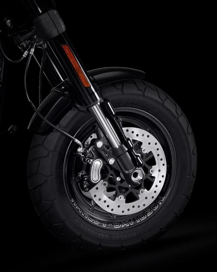 2021-fat-bob-114-motorcycle-k6