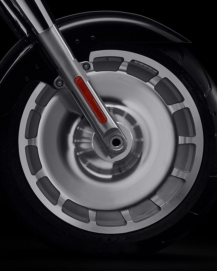 2021-fat-boy-114-motorcycle-k4