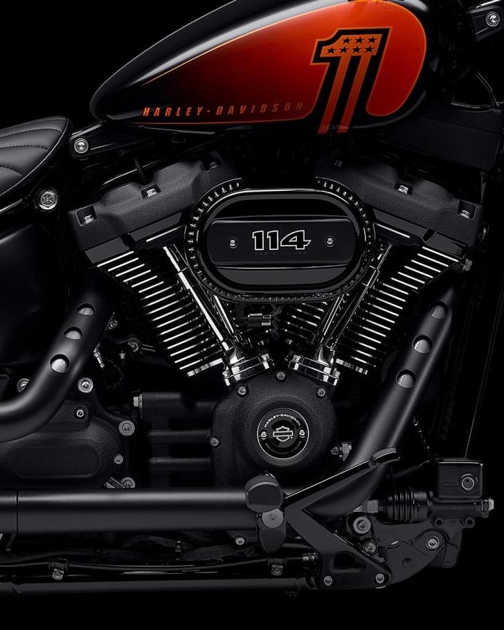2021-street-bob-motorcycle-k1