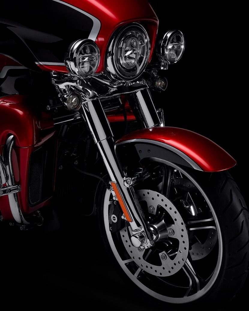 2021-cvo-tri-glide-motorcycle-k5