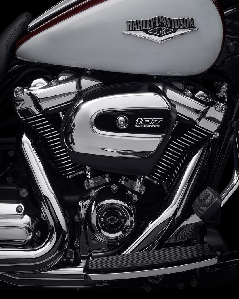2021-road-king-motorcycle-k1