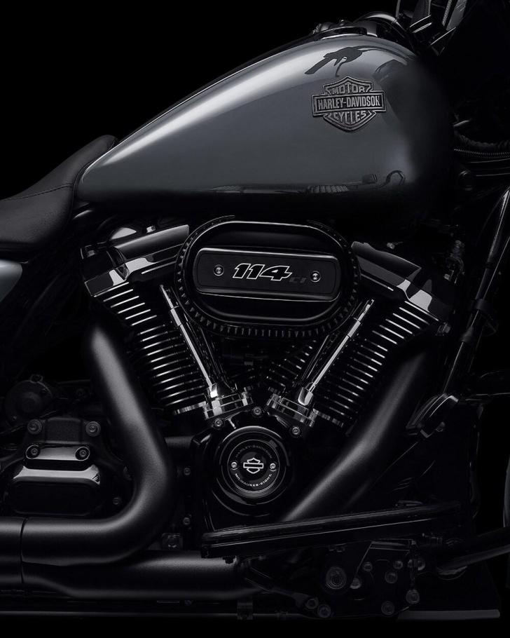 2021-street-glide-special-motorcycle-k1