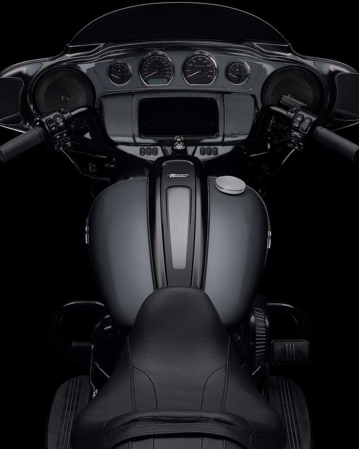 2021-street-glide-special-motorcycle-k4