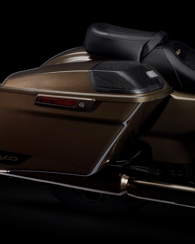 2021-cvo-road-glide-motorcycle-k3