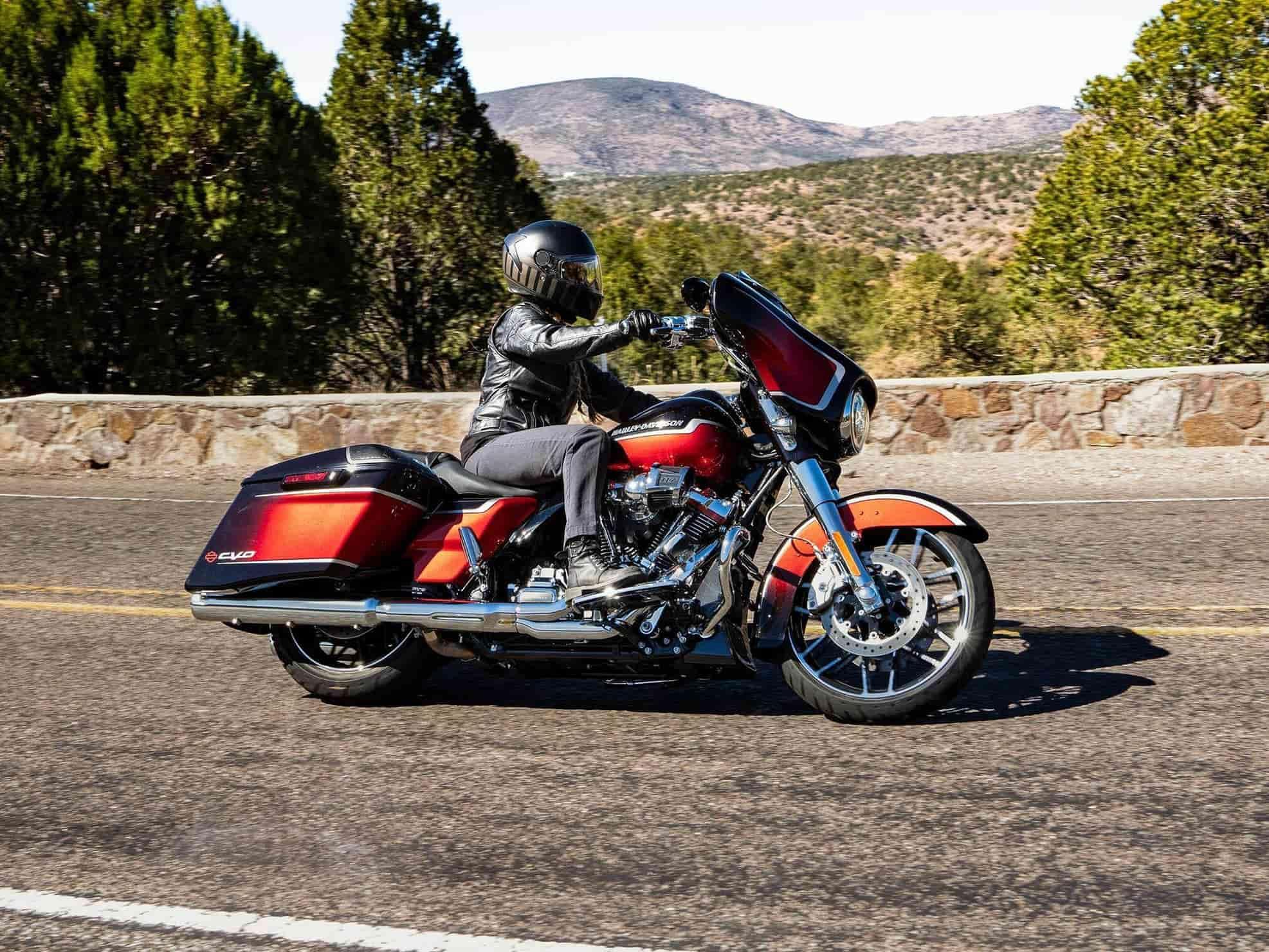Harley-Davidson® CVO™ Street Glide™