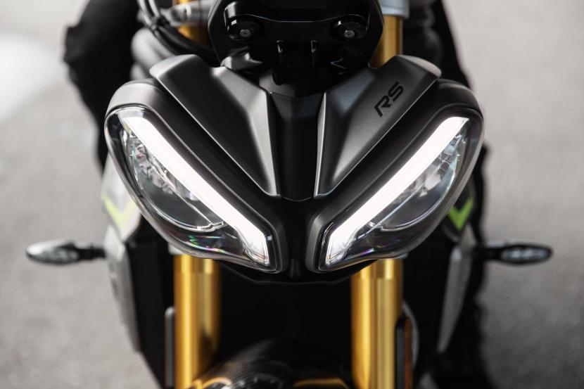 Speed Triple RS_MY21_Detail_AG0I4799_ML
