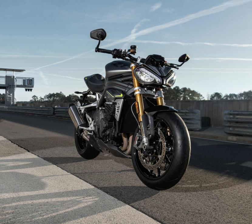 Speed Triple RS_MY21_AG0I9350_ML