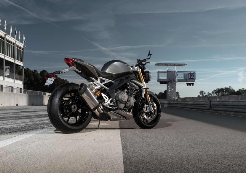Speed Triple RS_MY21_AG0I9373_ML