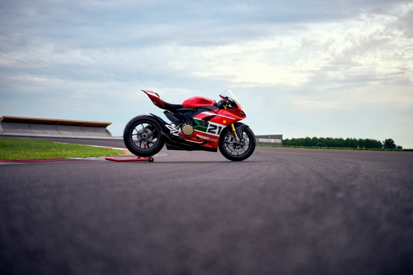 panigale-23