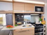 60fb63d49d8e0unicorn-v-vigo-kitchen.jpg