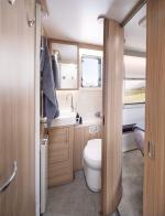 60fb64d502677unicorn-v-cabrera-washroom.jpg