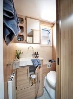 60fb673ecdc67unicorn-v-pamplona-washroom.jpg