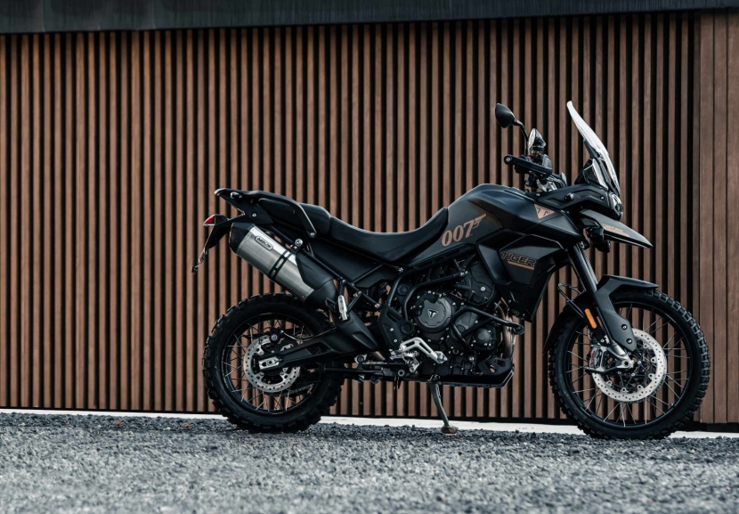 tiger-900-bond-edition4